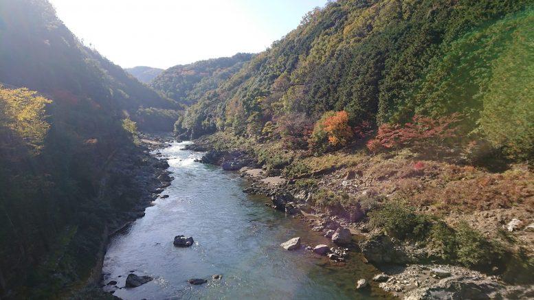 秋の保津峡